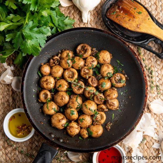 garlic button mushrooms- noorsrecipes
